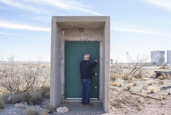 døren